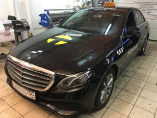 Брендирование автомобилей службы такси бизнес-класса «Командир»